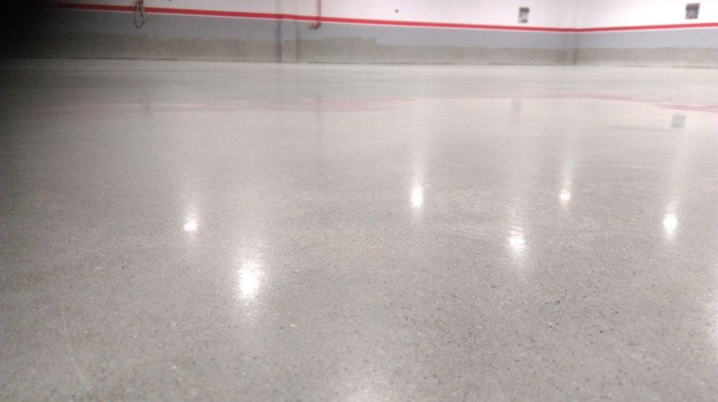 concrete-floor-shinny