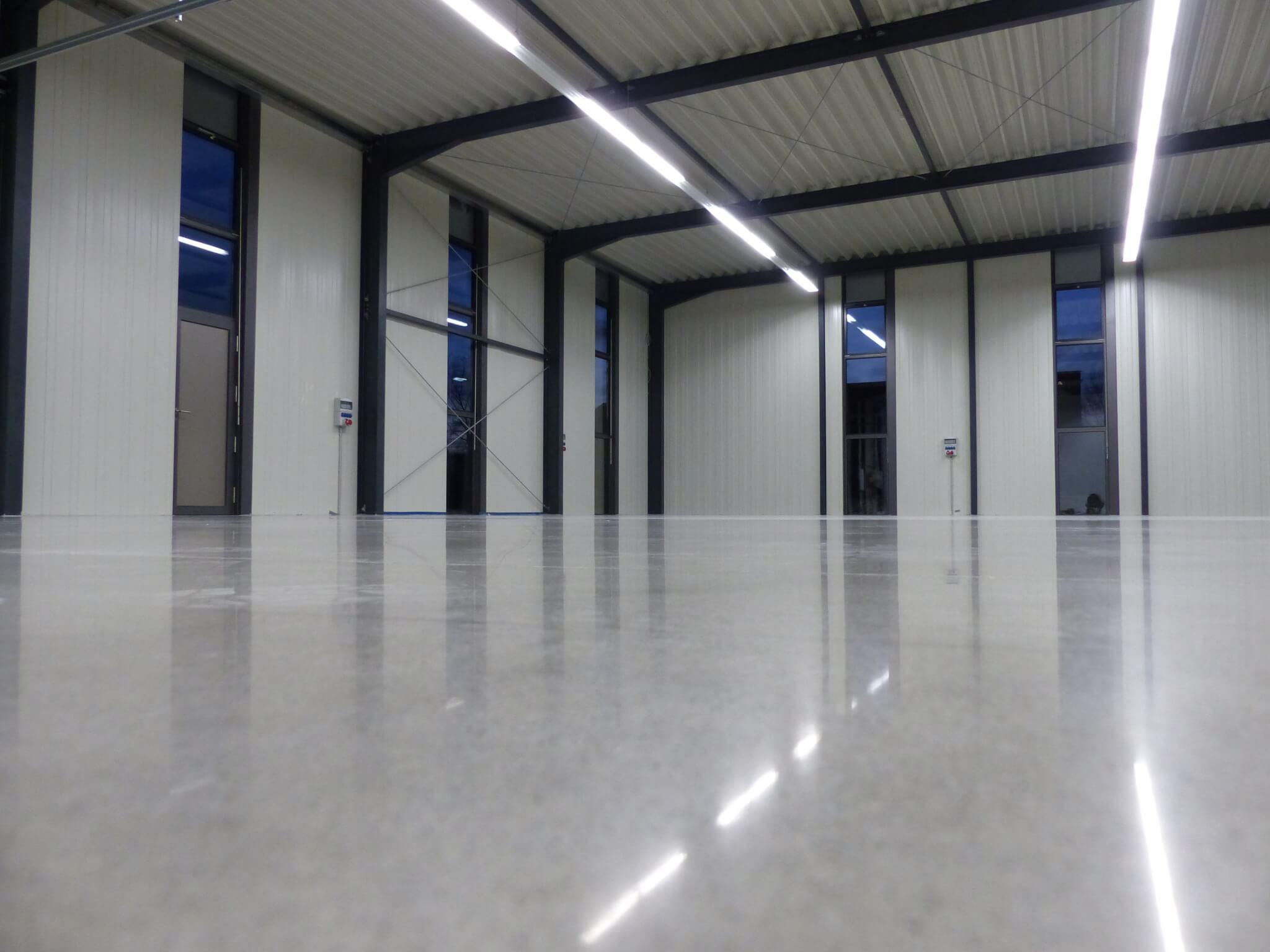 Industrial Concrete Flooring   Easy to