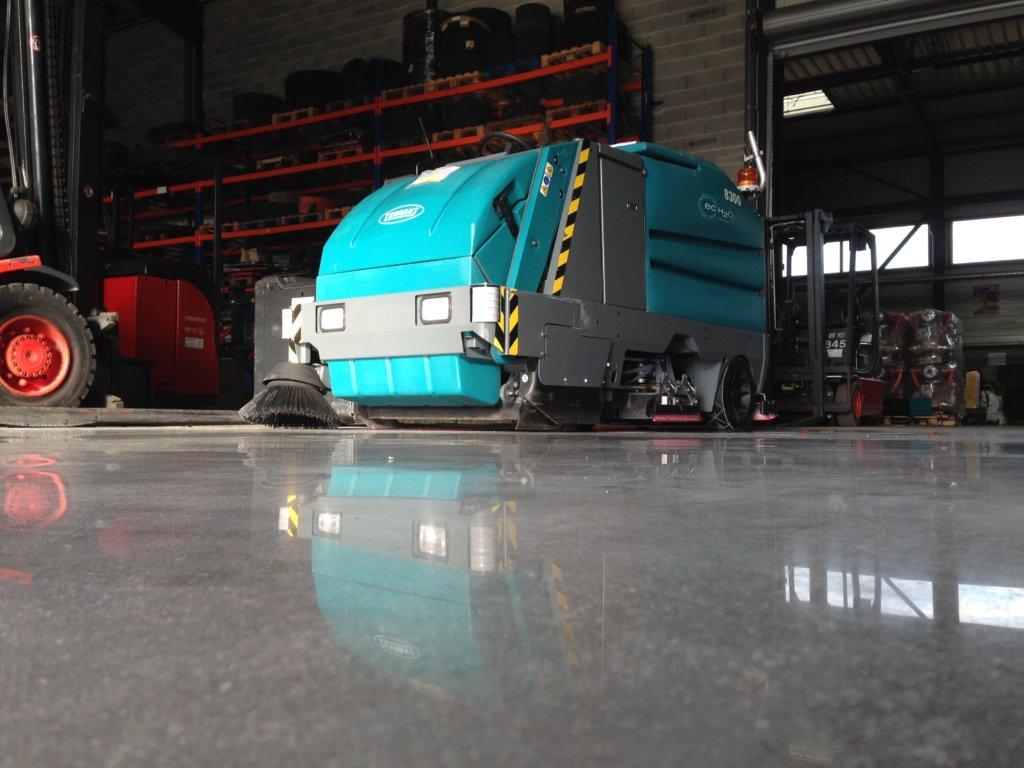 máquina profesional de limpieza de suelos industriales