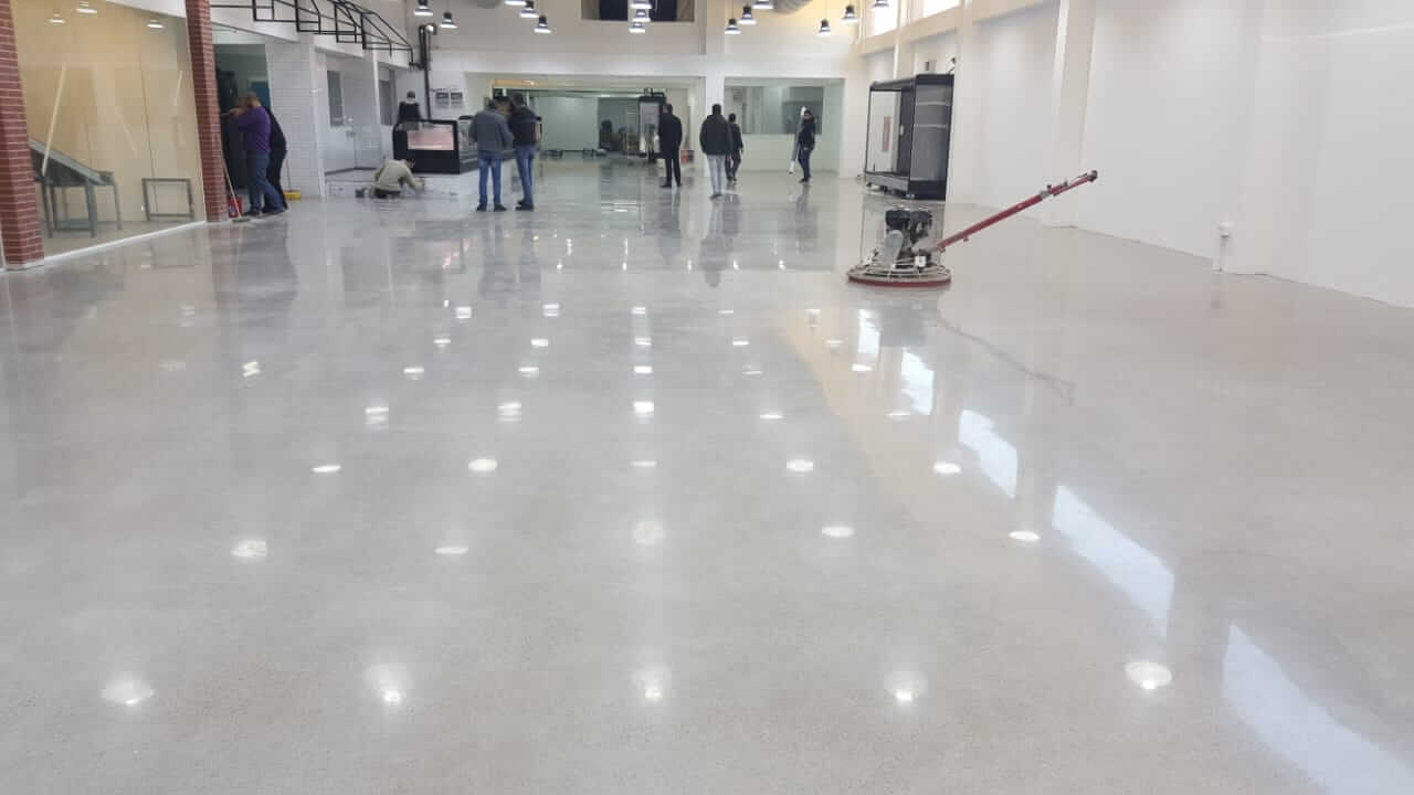 amazing-concrete-floor-finish