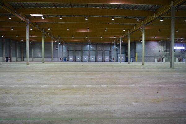 pavimento industrial sin tratar