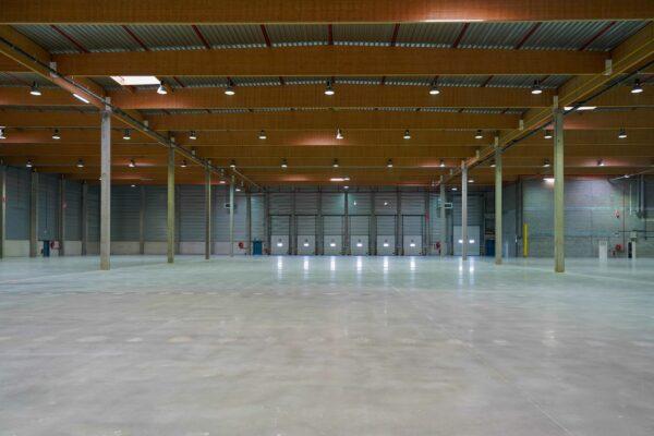 pavimento centro logistico