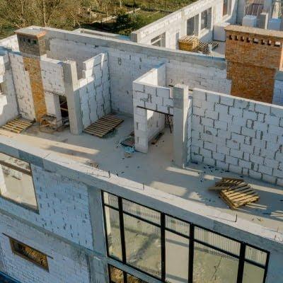 Construire avec des blocs de béton