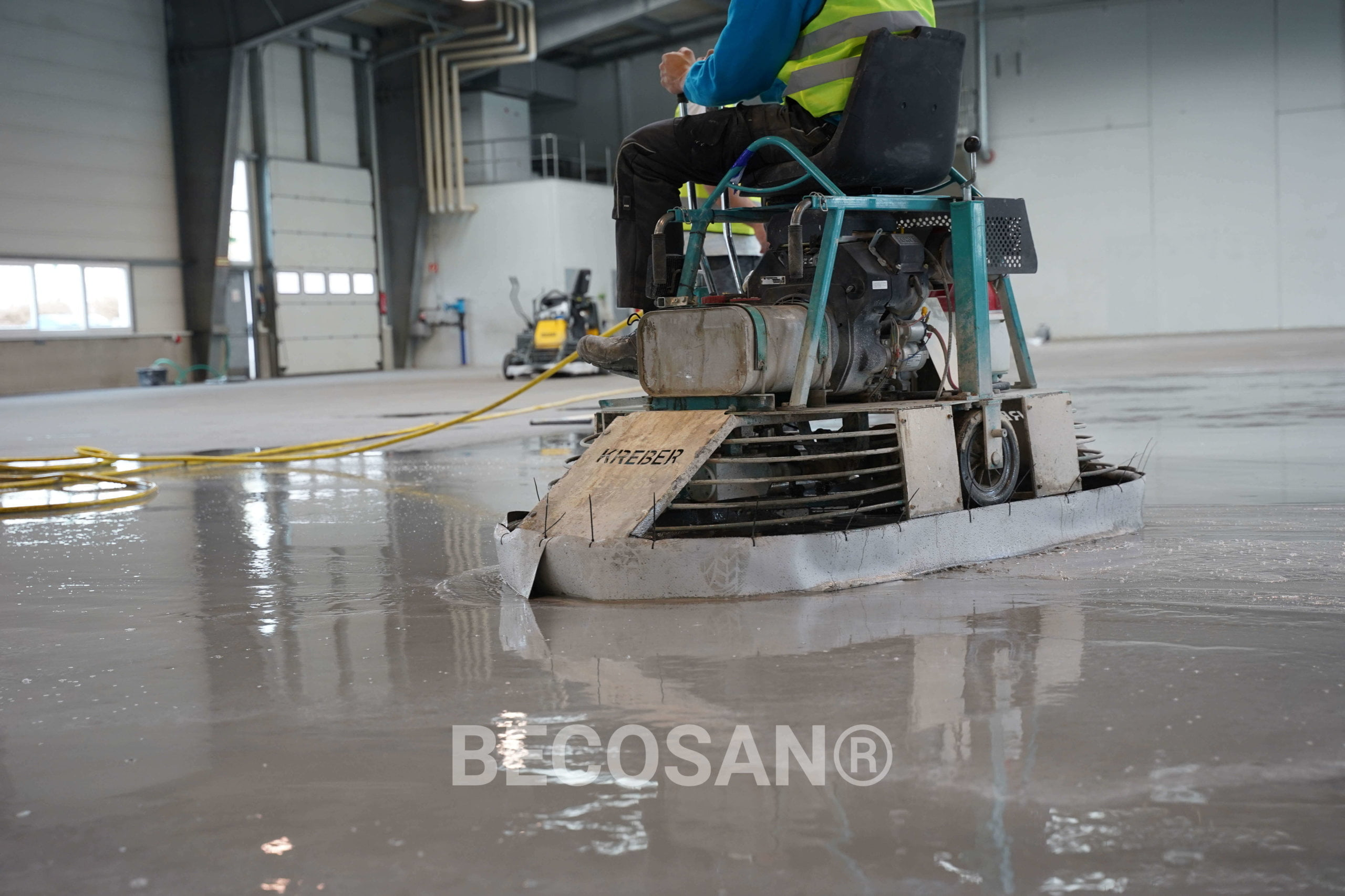 Etc Connect Warehouse New Concrete Floor00003