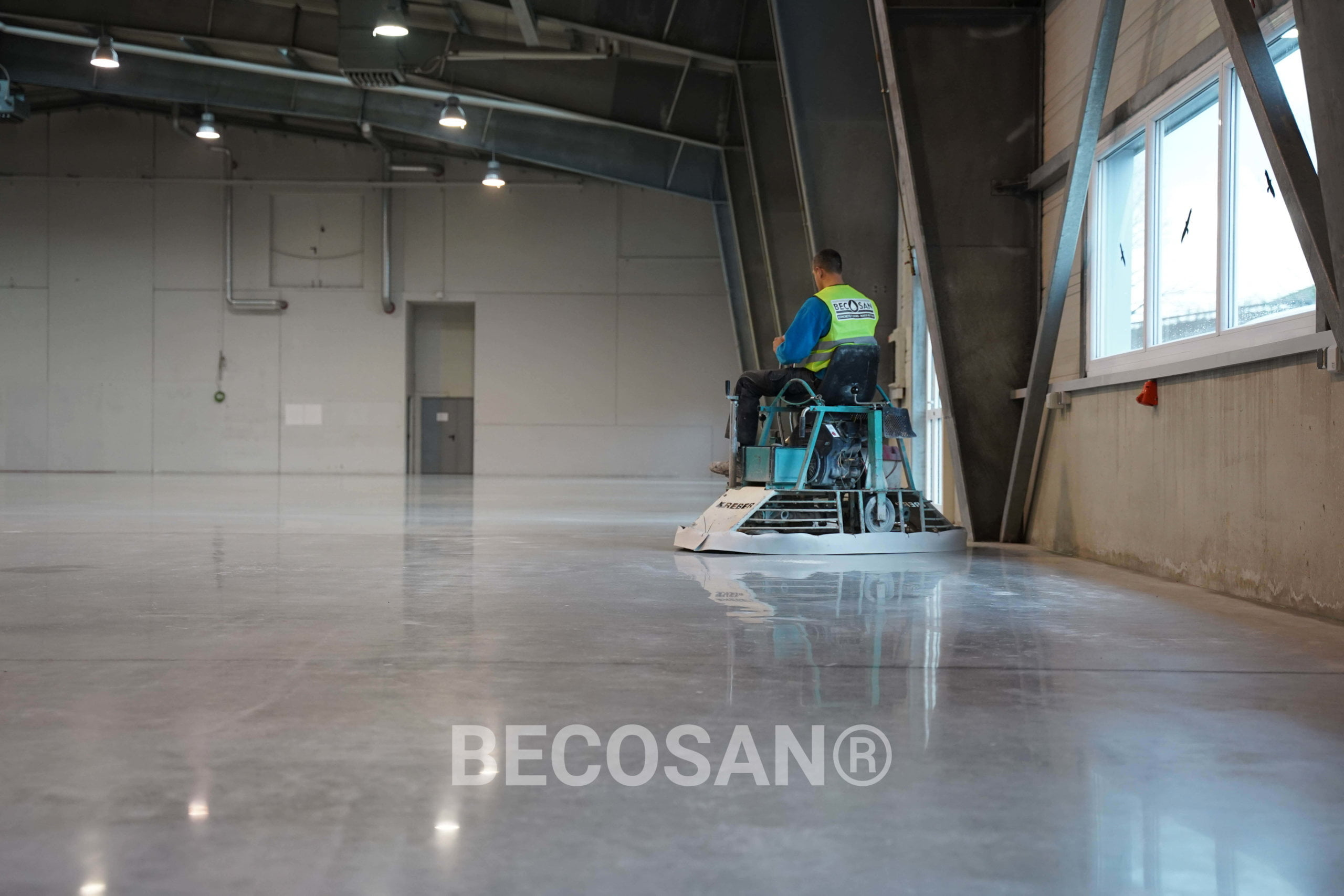 ETC Connect - Warehouse new concrete floor00015