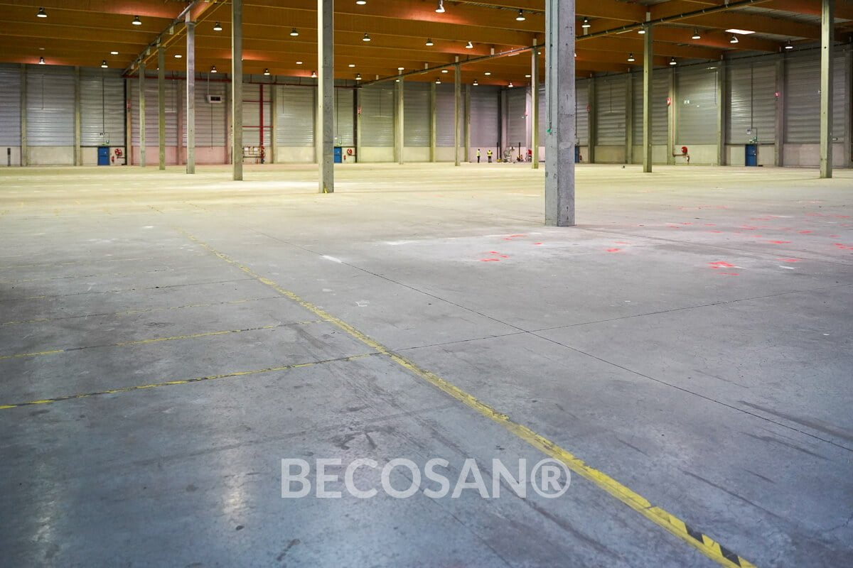 Warehouse Concrete Floor Refurbishment 01