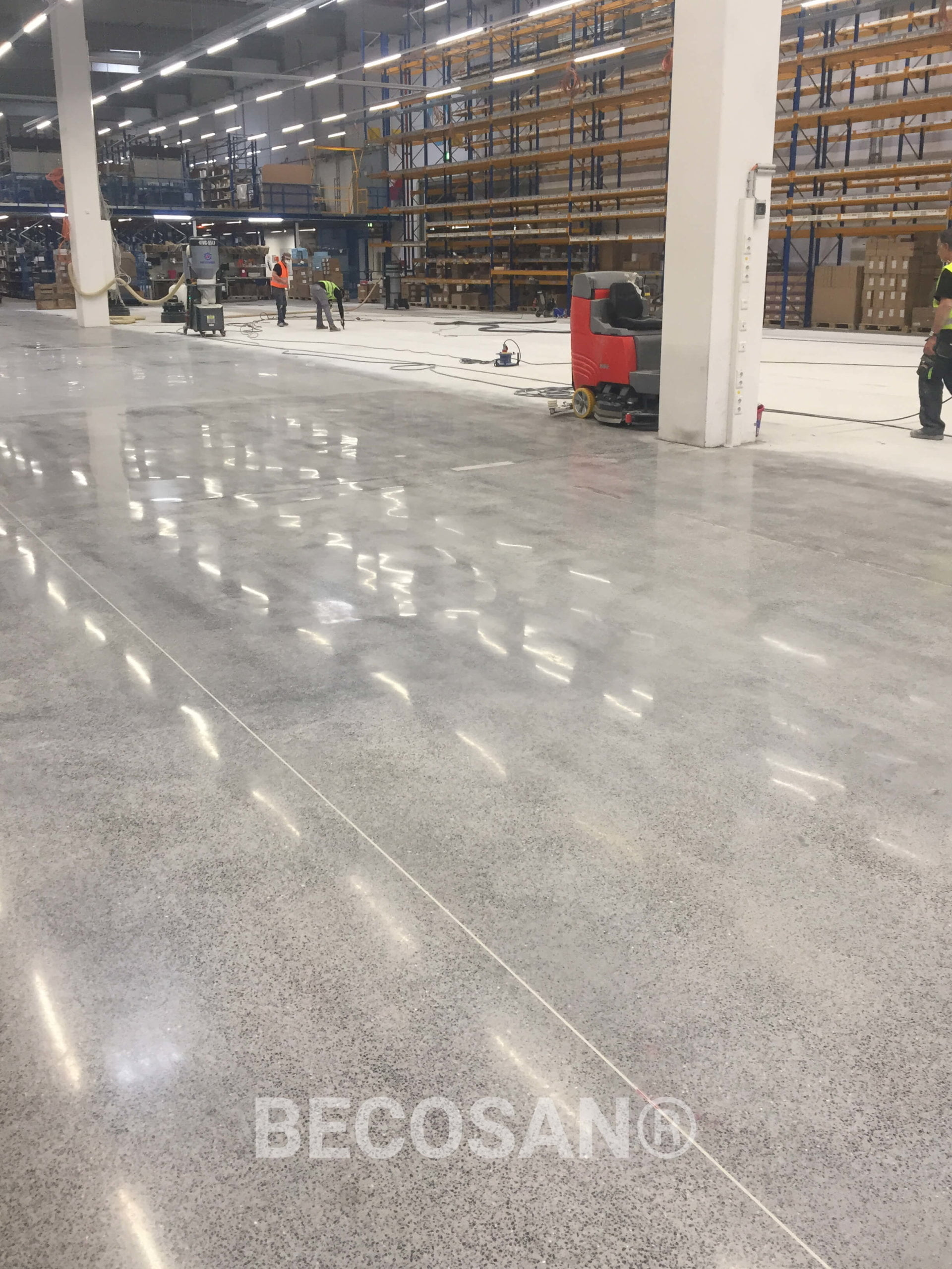 concrete floor refurbishment - COLOPLAST DISTRIBUTION GMBH-01