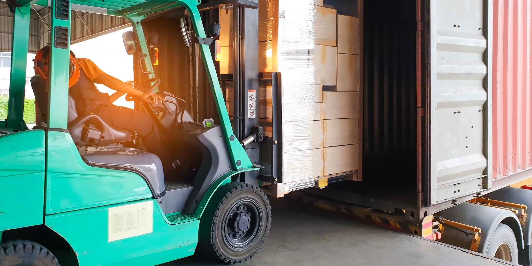 Safety requirements on loading docks