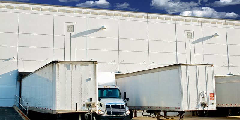 Types of loading and unloading docks
